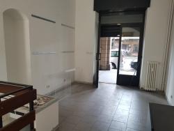 Locale in vendita in via Paolo Sacchi 52b, Torino
