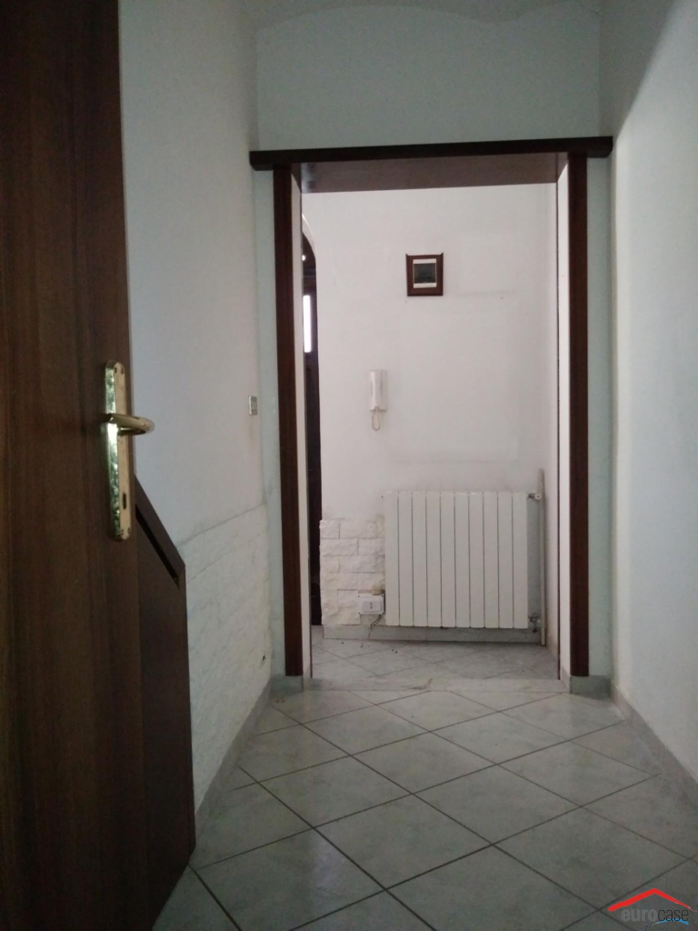 Case A Due Piani appartamento su due piani in vendita in via ponte cesare 8