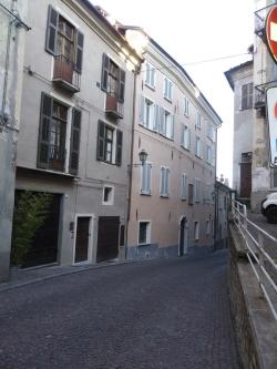 Locale Commerciale in vendita in via della misericordia 1, Mondovì